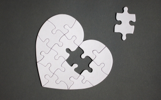 Heart puzzle dreamstime_xxl_150586996